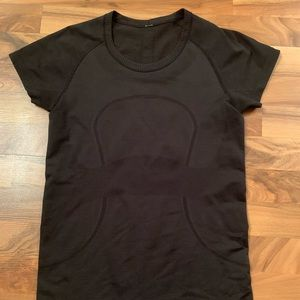 Lululemon short sleeve swiftly yoga shirt 8 black